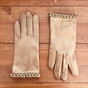 Michael Michael Kors Gold gloves w/ Gld Chain SZ M
